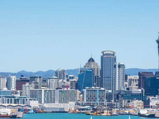<strong>AUCKLAND</strong>