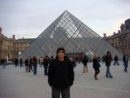 Gabriel em Paris