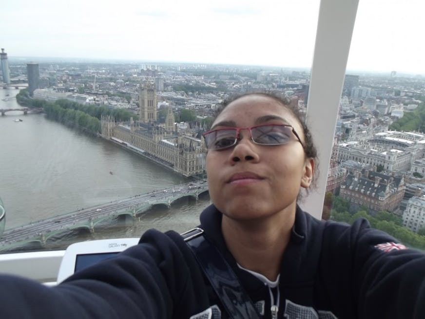 Foto de dentro da London Eye, de frente para o Parliament's House