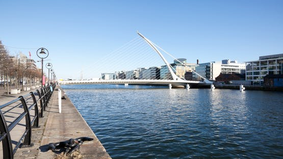 Inglês + Trabalho em Dublin