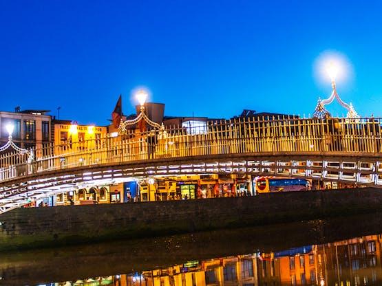 <strong>Dublin</strong>