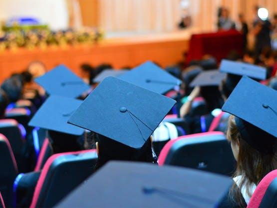 <strong>Faça sua graduação no exterior</strong>