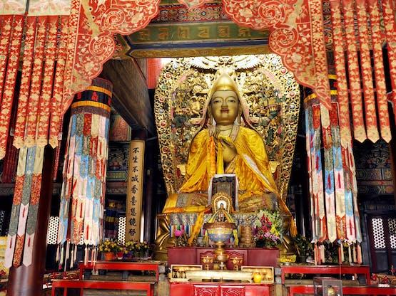 Imagem de Tsongkhapa no Templo Lama