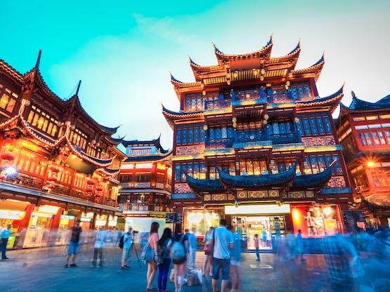 Yuyuan Garden durante a noite