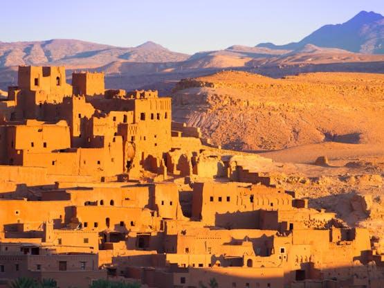 Aït-Ben-Haddou, cidade fortificada (ou kasbah). Marrocos