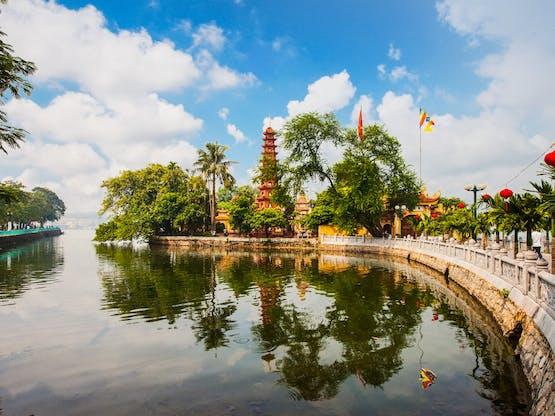 Pagode (templo) Tran Quoc em Hanoi, Vietnã