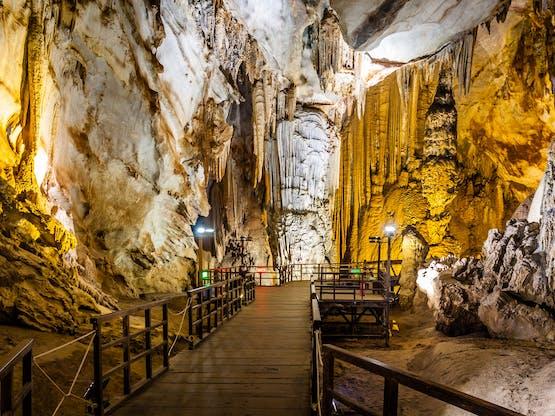 Caverna no Parque Nacional de Phong Nha Ke Bang, Vietnã