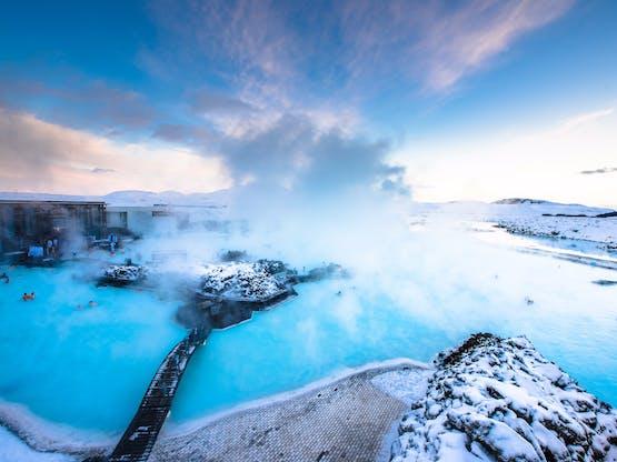 Blue Lagoon, spa termal e uma das atrações mais visitadas na Islândia.
