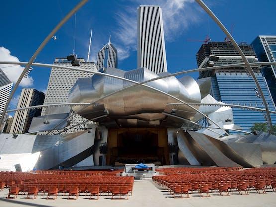 Auditório aberto do Millennium Park. Chicago, EUA