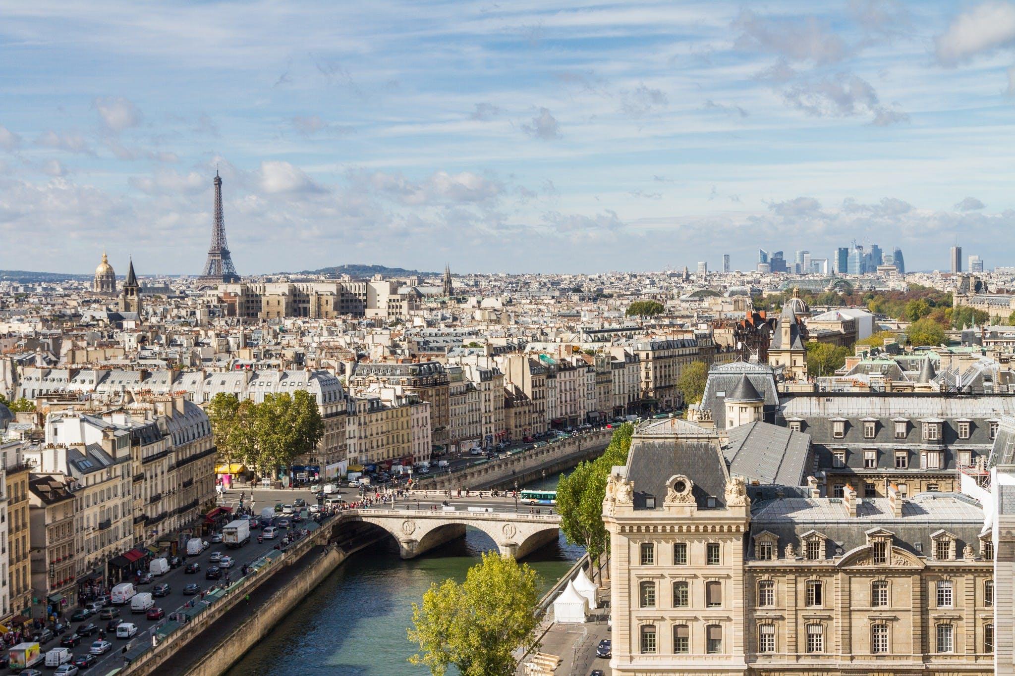 Super Guia de Paris, na França | CI Intercâmbio e Viagem XJ13