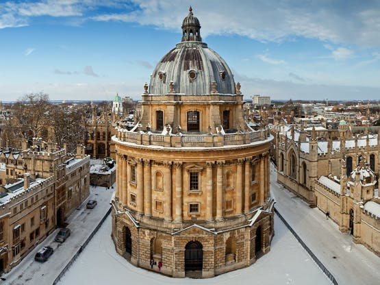 Radcliffe Camera e All Souls College. Oxford, Inglaterra