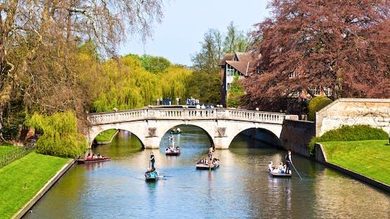 Inglês em Cambridge + Tour Paris