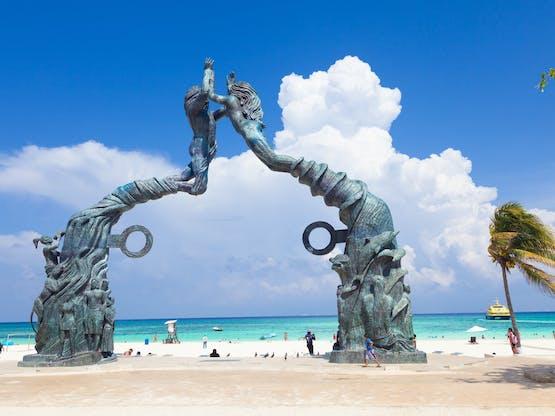Portal Maya. Playa del Carmen, México