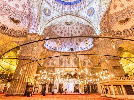 Interior da Mesquita Azul. Istambul, Turquia
