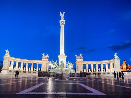 Praça dos Heróis. Budapeste, Hungria