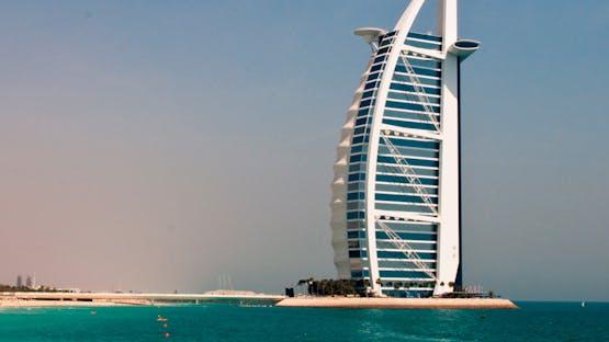 Inglês + Trabalho em Dubai